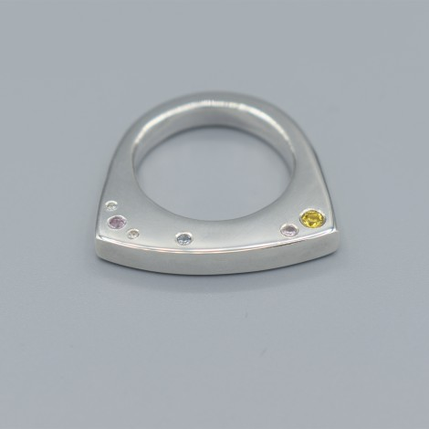 Arcus engagement ring